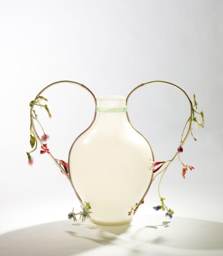 Studio Wieki Somers (Dylan van den Berg & Wieki Somers), Frozen in Time, Frozen Vase, 2010